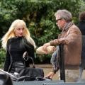 Amber-Heard-et-Kevin-Costner-sur-le-tournage-de-Three-Days-to-Kill-a-Paris-le-29-janvier-2013_portrait_w858